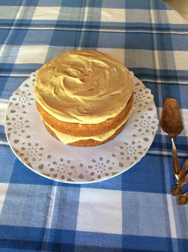 Coffee cake with mascarpone cream