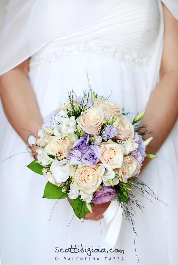 www.scattidigioia.com A total white wedding, and amazing bouquet, a special, sweet bride