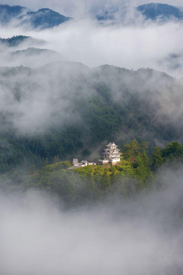 Gujou-hachiman Castle, Gifu, Japan 郡上八幡城