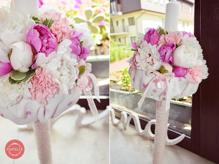 Shabby chic baby party decoration, pink&white baby girl dots, with peonies   Lumanare botez fetita, cu buline roz si albe, din bujori