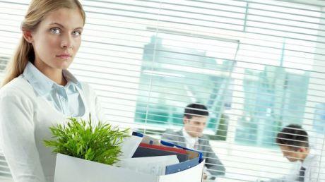 Efectul DEVASTATOR al pierderii locului de muncă: afectează mai mult decât un divorţ