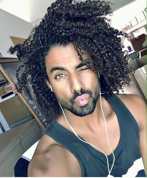 00be5d8706ce5027e3af3931f499ed6a--curly-hair-men-men-hair.jpg