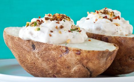 Cheese, Chives & Bacon Dishes: Baked Potatoes with Cheese, Chives & Bacon Dip