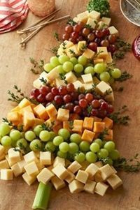 Christmas Tree Cheese Board How-To. Cute!