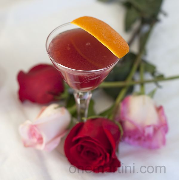 Gin Lillet Rouge Cocktail