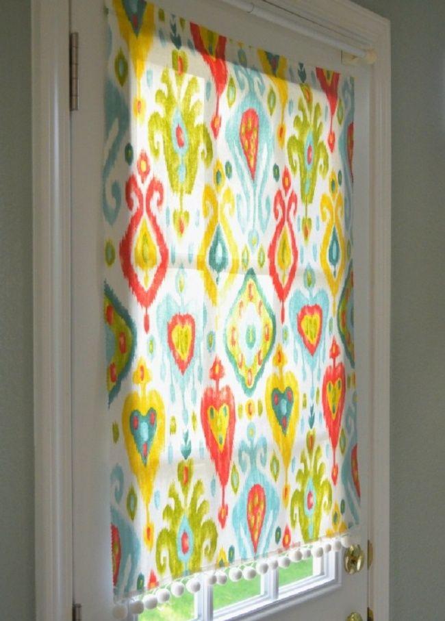 Cortinas que se fijan con imanes son la solución perfecta para cambiar periodicamente el aspecto de las ventanas de tu cocina (o cualquier otra ventana)