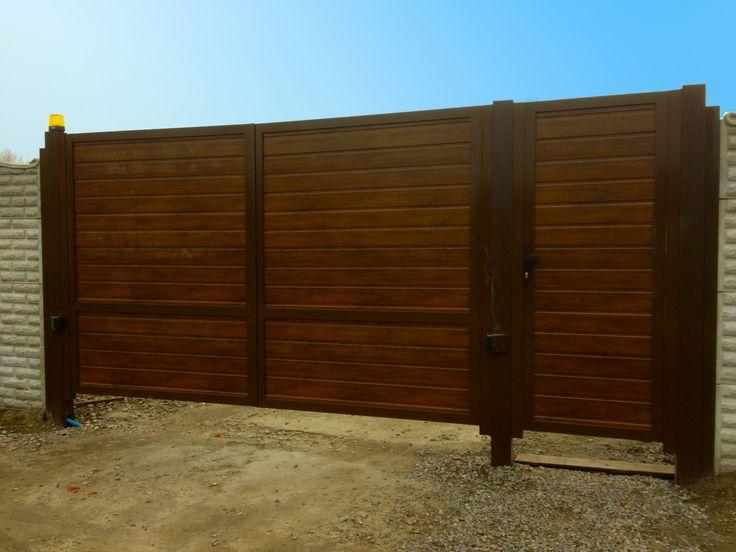 Секционные гаражные ворота Черкассы