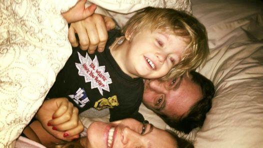 El curioso regalo que Noah le pidió a la hermana de Michael Bublé                              Mientras que Noah, el hijo mayor de Luisana Lopilato y Michael Bublé, atraviesa el tratamiento de quimioterapia para sup... http://sientemendoza.com/2016/11/14/el-curioso-regalo-que-noah-le-pidio-a-la-hermana-de-michael-buble/