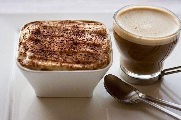 🔆Кофейный тирамису с пользой для талии: на 100 грамм - 75 ккал🔆<br>БЖУ - 13 1 3<br><br>✅Ингредиенты: <br>- Овсяные отруби 150 г <br>- Творог 0% 300 г <br>- Белок 125 г (белки 5 яиц) <br>- Кофе свежесваренный 1 стакан <br>- Разрыхлитель 3 г <br>- Стевия молотая - по вкусу <br> <br>✅Приготовление:..