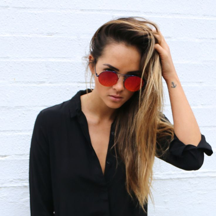 Aisha Jade wears the Mustique - red
