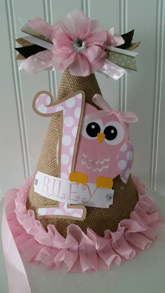 Burlap and Pink Owl Party Hat Check out this item in my Etsy shop https://www.etsy.com/listing/233658189/1-girl-owl-party-hat-owl-birthday-party