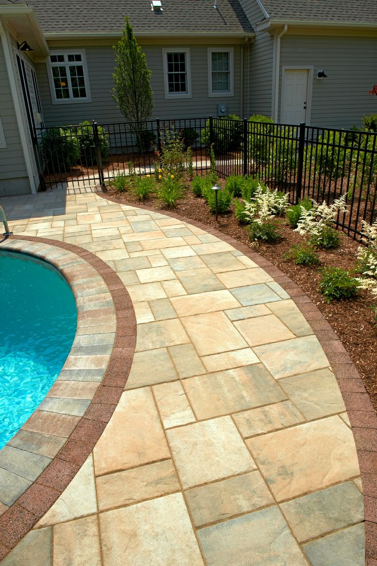 Beacon hill flagstone pool deck with series 3000 border for Best pavers for pool deck