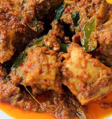 Surinaams eten!: Rendang ajam: Javaanse kip gestoofd in kokosmelk en specerijen