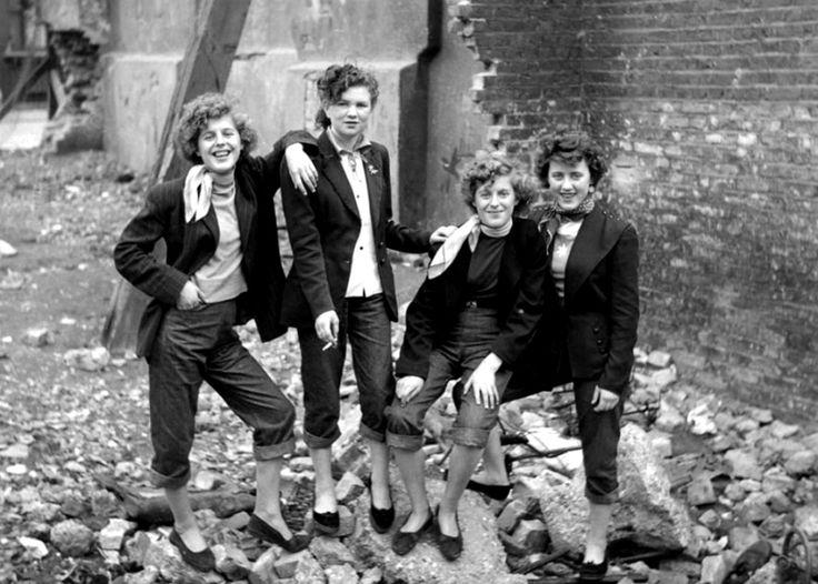 """Teddy Girls, las primeras mujeres que usaron ropa de """"hombre"""""""