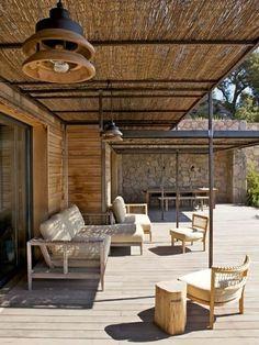 Comment abriter sa terrasse du soleil…