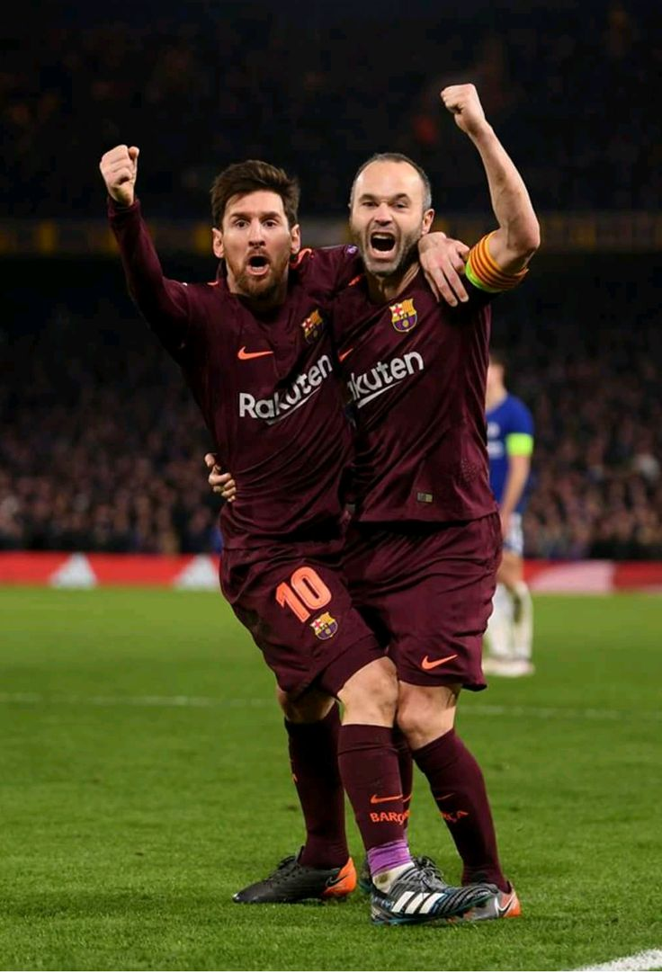 It makes me cry how happy both of them are after Messi finally scored at Stamford Bridge !!