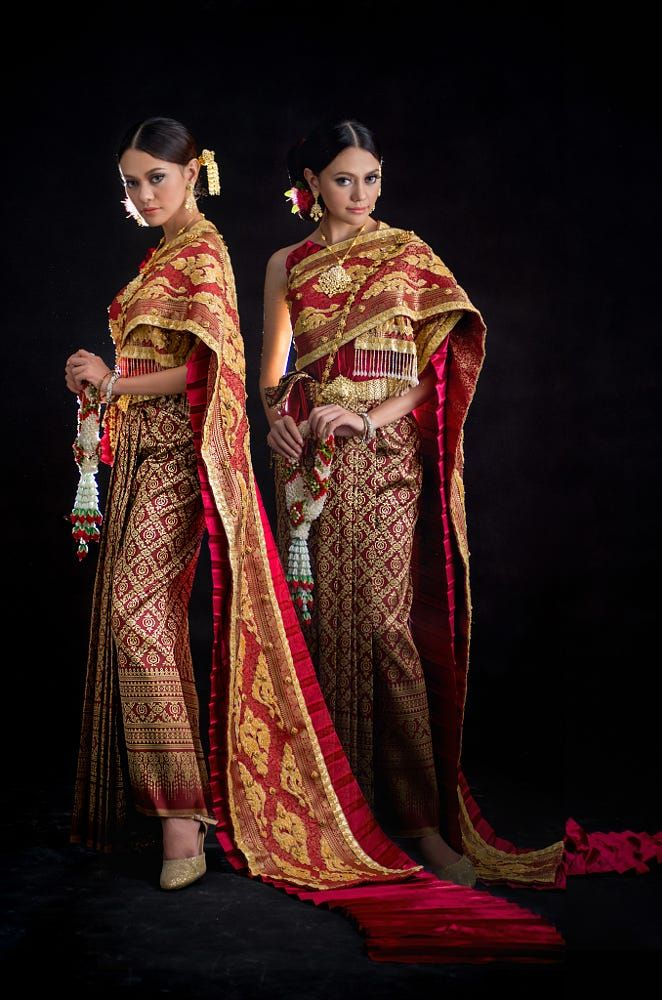 Thai traditional dresses by Rommonthol Phramnark on 500px