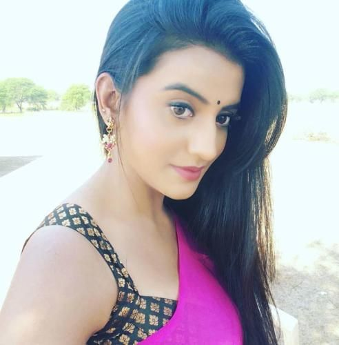 Bhojpuri Actress Akshara Singh Pics, Images, Photos, HD