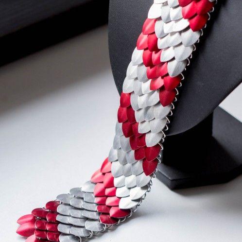 scale tie