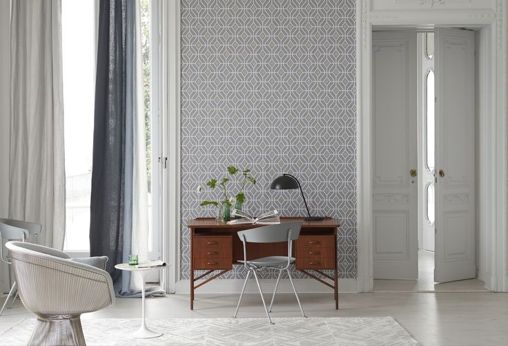 Tailored geometric 'Laterza' wallpaper