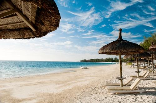 Veranda Palmar Beach Resort, Mauritius - loved sitting on the beach enjoying the blue skies, palm trees and gorgeous water