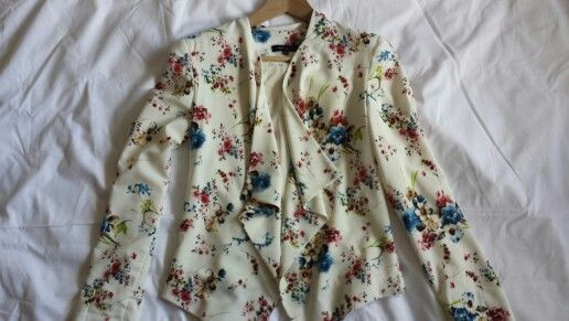 Floral blazer by new look (GB)