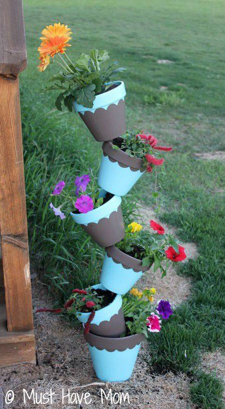 DIY-Topsy-Turvey-Flower-Planter-Step-9-Must-Have-Mom.jpg (440×800)