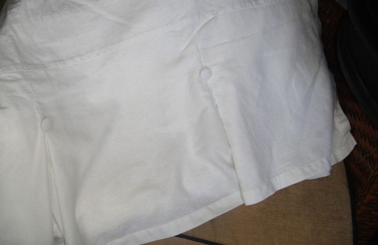 "Pottery Barn White Inverted Pleated Button Bedskirt Queen 14"" Drop Pleat EUC #PotteryBarn #Transitional"