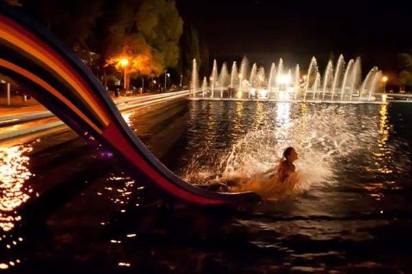 Aqua zumba, foam party and light painting at the Night of Outdoor Swimming Pools