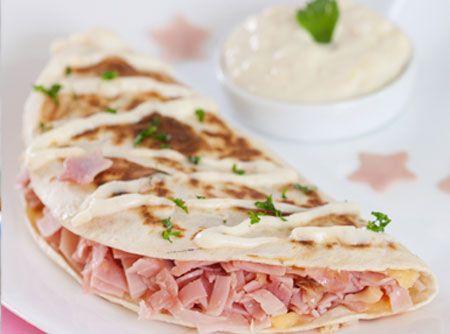 Sanduíche à Francesa  Parece com a tapioca napolitana leve que eu adoro=D