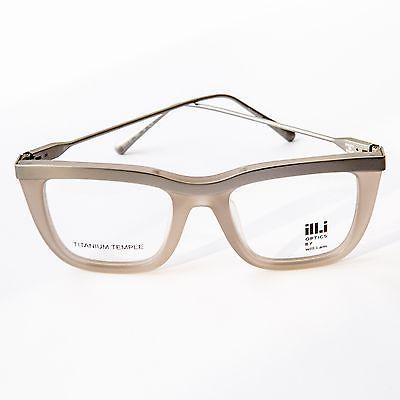 My hubby needs new glasses. Hmmm, can he get away with these? As-donated-by-will-i-am-Brand-new-ill-i-Optics-grey-glasses-in-case