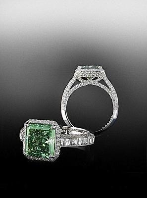 Natural green diamond set in pave frame. Bez Ambar.