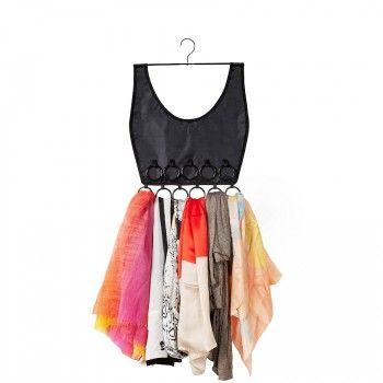 Funkcjonalny wieszak na apaszki Boho Dress marki Umbra. Wieszak swoim kształtem przypomina górę damskiej sukienki. Na wieszaku można zawiesić wszelkiego rodzaju apaszki, chusty i szaliki