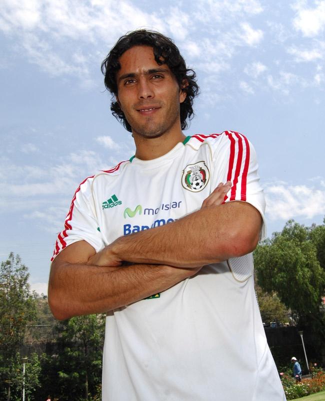 Aldo de Nigris en entrenamiento con la Selección Nacional