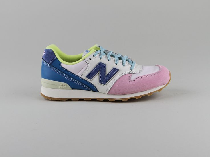 009 HIGH VIZ PACK - CHAUSSURES - Sneakers & Tennis bassesNew Balance