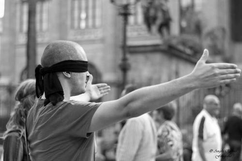 Toscana: #'Firenze a #Braccia aperte' il flash mob in piazza della signoria (link: http://ift.tt/2b8KNuU )