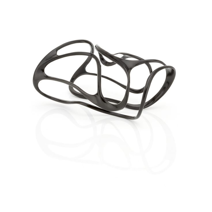 Black plated silver #cuff // Fluidity Collection #huffyjewels www.huffyjewels.com