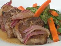 Lamb Chops with Caramelised Onions