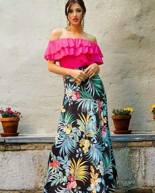 Καλημέρα με χρώμα και καλοκαιρινή διάθεση ~ Μάξι φούστες και crop top, ο ιδανικός συνδυασμός για να ξεχωρίσεις με στυλ!  #queenfashion #outfit #summer