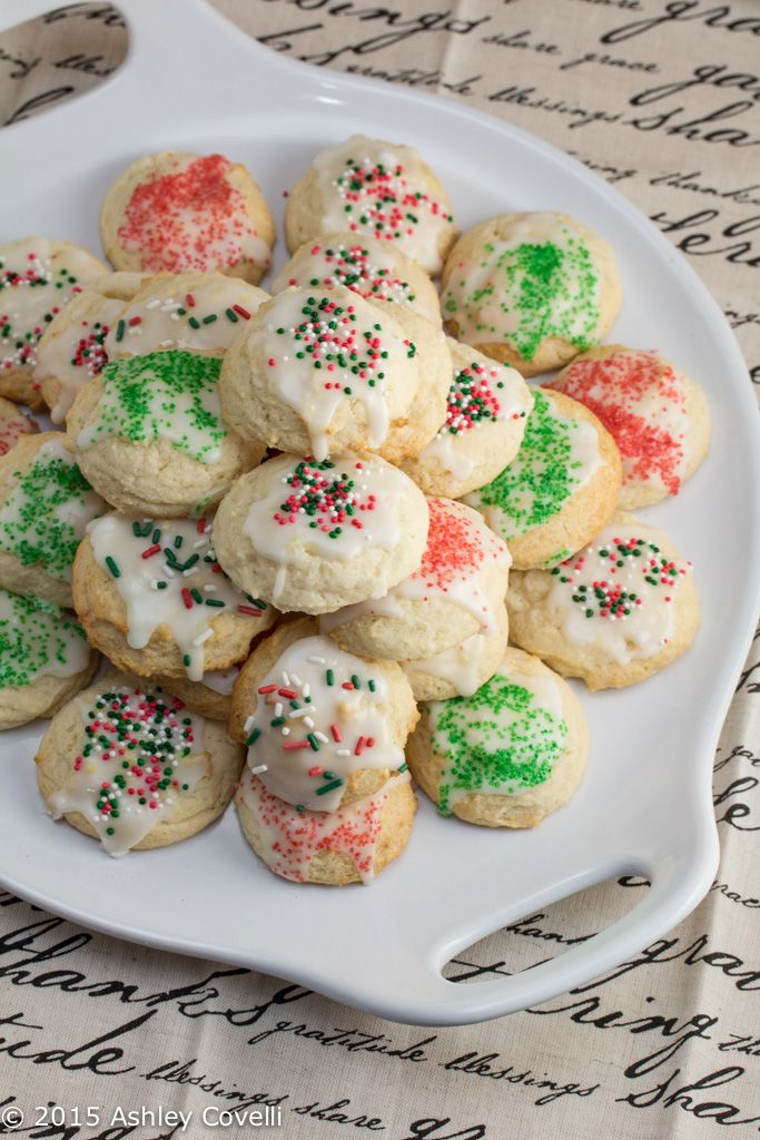 Lemon Ricotta Cookies: These citrus-studded cookies are light, fluffy and full of holiday cheer!