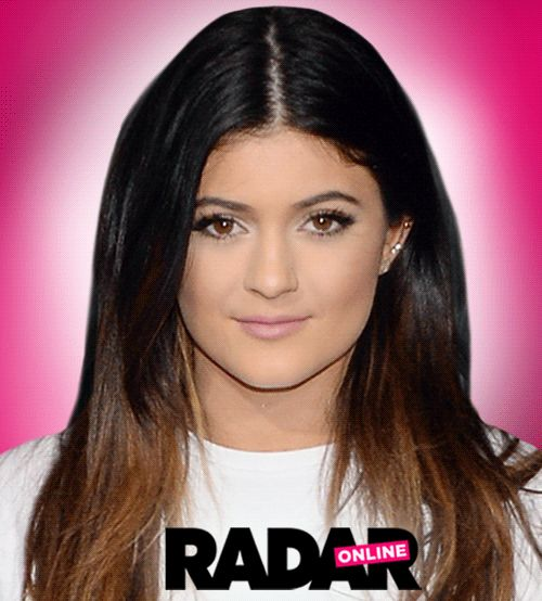 Kylie-Jenner-Plastic-Surgery-Makeover-gif-3 CRAZY!