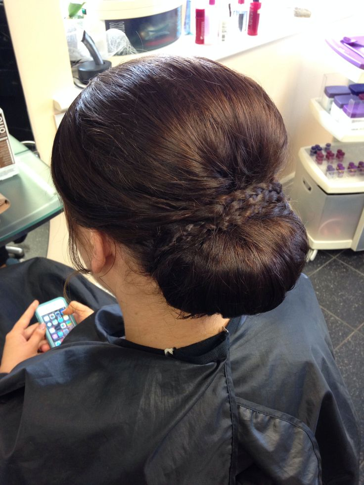 Beautiful under roll upstyle for long hair