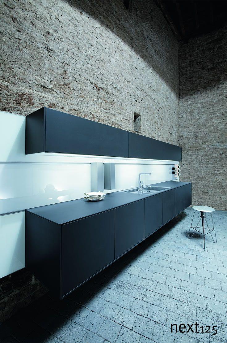 Design Muss Faszinieren. Sowohl In Der Gestaltung, Als Auch In Der Technik.  Entdecken Sie Die Design Merkmale Premium Küchen.