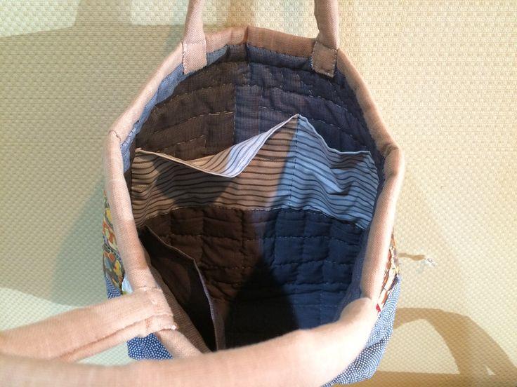 Small bag - Beige/Grey - Inside. Pocket, pocket, pocket!!