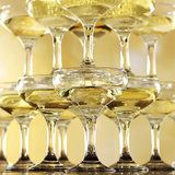 Champagne toren (20,35 en 56 glazen)_1
