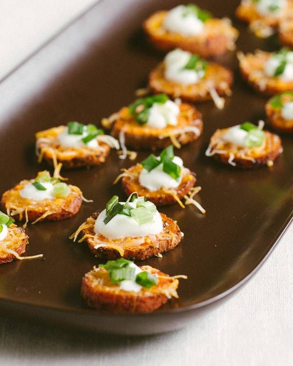 Loaded Sweet Potato Rounds (sub sour cream for plain Greek yogurt)