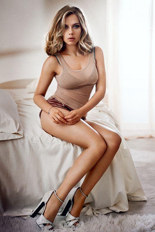 trautmans-legs:  Scarlett Johansson - Esquire Magazine - November 2013