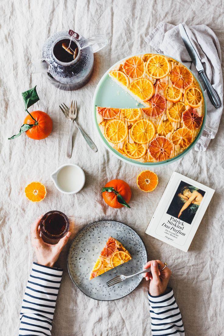 Lust auf Kuchen und eine gemütliche Schmökerstunde? Dann probier doch mal unseren leckeren, veganen Polentakuchen mit Blutorangen und Tee!