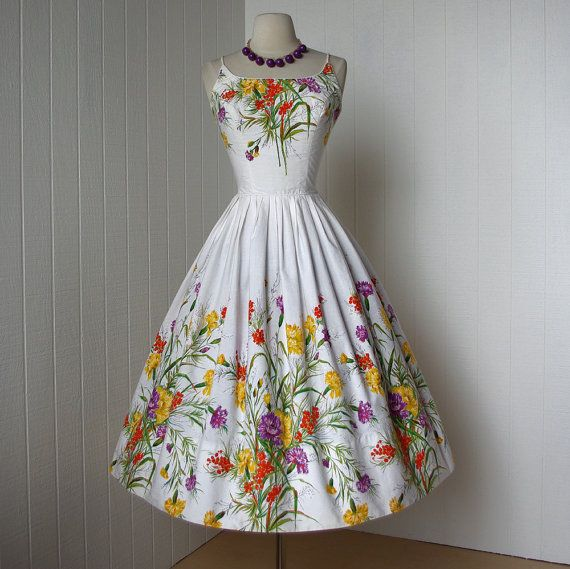 ~vintage 1950s dress ...fabulous COVER GIRL of MIAMI white cotton floral garden…