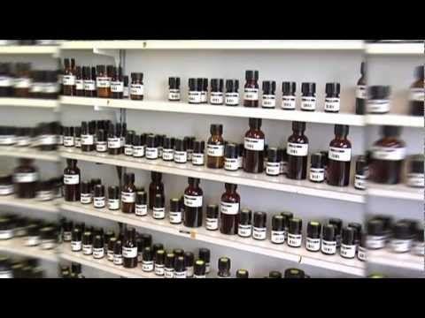 Jak zrobić perfumy, własne kompozycje z olejków eterycznych - cudowne właściwości i świetna zabawa! - YouTube
